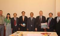越南与白俄罗斯加强工会合作