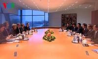 越南国家主席张晋创同德国总理默克尔举行会谈