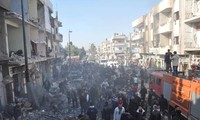 叙利亚中部发生连环自杀式炸弹袭击 120多人死伤