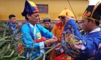 越南中部顺化古都遗迹区举行立迎春竿仪式