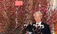 阮富仲总书记与党中央办公厅干部职工举行见面会