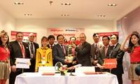 越捷航空在新加坡航空展上签署数十亿美元合同