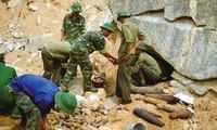 阮晋勇批准成立克服越战后地雷遗害伙伴组