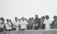 抗美战争时期菲德尔·卡斯特罗访问越南的资料图片