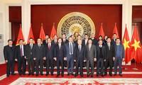 阮富仲会见中国优秀集团和企业领导人