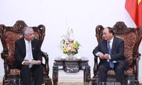 越南政府将继续与联合国密切配合并保持与日本的密切关系