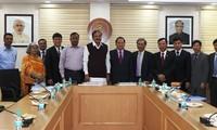 越南和印度加强媒体-出版和广播领域合作