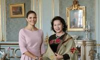 阮氏金银礼节性拜会瑞典女王储维多利亚