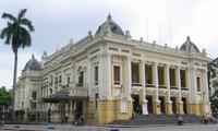 河内大剧院推出新的服务游客活动