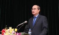 越南祖阵加强社会监督和社会论证工作