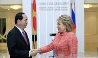 陈大光会见俄罗斯联邦委员会主席马特维延科