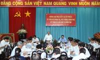 阮春福与槟知省领导人座谈