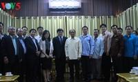 本台代表团访问老挝