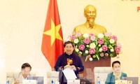 越南14届国会常委会24次会议:集中解决基层选民的意见和建议