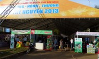 Industry-agriculture- trade fair opens in Central Highlands