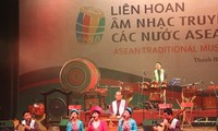 2015 ASEAN traditional music festival opens