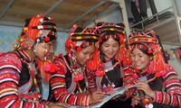 Costumes of the Ha Nhi