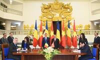 Romanian Prime Minister concludes Vietnam visit