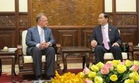 President Tran Dai Quang receives Professor John A.Quelch