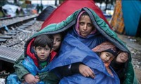 UNICEF urges better protection for refugee and migrant children