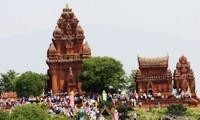Rakyat etnis Champa di provinsi Ninh Thuan merayakan Festival Kate