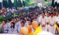 Provinsi Quang Tri mengadakan mega upacara mendoakan arwah dan mendoakan negara damai, rakyatnya tenteram