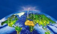 Memperkuat penyampaian informasi hydro-meteorologi kepada masyarakat