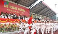 Sekjen Nguyen Phu Trong menghadiri acara pembukaan tahun kuliah Akademi Keamanan Rakyat