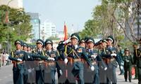 Temu pergaulan dengan sahabat-sahabat internasional sehubungan dengan peringatan ultah ke-40 pembebasan total Vietnam Selatan dan penyatuan Tanah Air