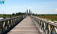 Hien Luong Bridge – everlasting desire for national reunification