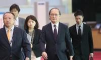 韩国和日本官员讨论朝鲜问题