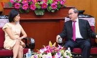 加拿大希望继续加强与越南的友好合作关系