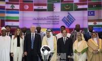 美国与阿拉伯伊斯兰国家加强合作打击恐怖主义