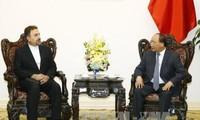 越南希望推动与伊朗的经贸关系发展