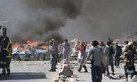 阿富汗首都喀布尔遭汽车炸弹袭击造成九十人死亡