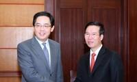 中国驻越大使洪小勇举行国庆68周年招待会