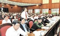 Parlament berät Einkommen und Wirtschaftsumstrukturierung