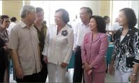 KPV-Generalsekretär trifft ehemalige hochrangige Politiker in Ho Chi Minh Stadt