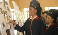 Bewohner in Nam Bung erzählen ihre Geschichte mit Fotos