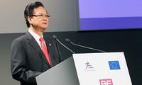 Premierminister Nguyen Tan Dung nimmt an inoffiziellem ASEAN-EU-Gipfel teil