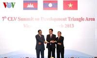 Die Aktivitäten des Premierministers Nguyen Tan Dung beim Gipfel des Dreiländerecks CLV