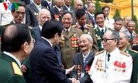 Staatspräsident Truong Tan Sang trifft Delegation der 95-Einheit
