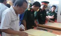 Ausstellung wertvoller Dokumente über Hoang Sa und Truong Sa in Quang Tri