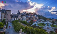 Mysteriöses Europa auf dem Gipfel Ba Na-Hills in Da Nang