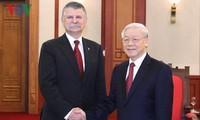 KPV-Generalsekretär Nguyen Phu Trong trifft Ungarns Parlamentspräsident László Kövér