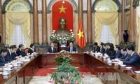 Staatspräsident Tran Dai Quang trifft Vertreter der Wirtschaftsunion aus japanischem Kansai