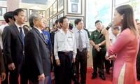 Eröffnung der Ausstellung von Karten und Dokumenten über Inselgruppen Hoang Sa und Truong Sa