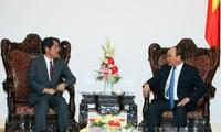 Premierminister Nguyen Xuan Phuc empfängt Japans Botschafter Kunio Umeda