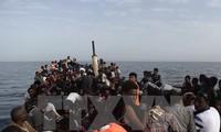 Hunderte Flüchtlinge werden vor Libyens Küste gestoppt