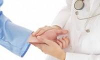 Arzt Ba Van Khuong und die Pflege der Patienten